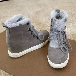 Madden Girl wedge sneakers with faux fur, size 7.5
